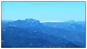 Sierra Nevada, al fondo